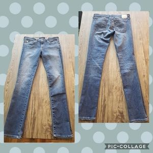 AG The Stilt Cigarette Leg Jeans 11 year Wash